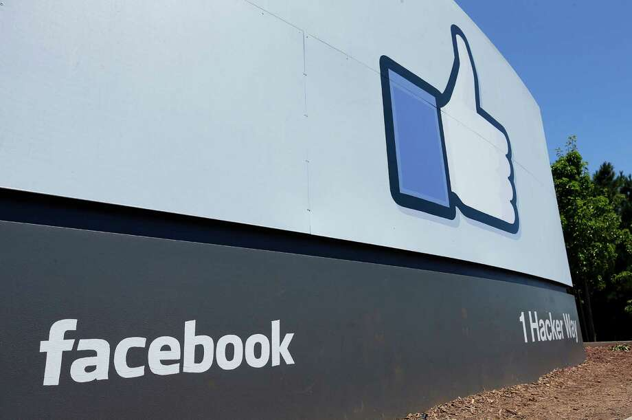 Face- book   altered  many com- ments for a recent study. Photo: Ben Margot, STF / AP