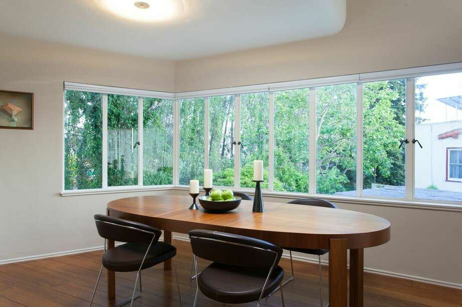 The open concept dining room is adjacent to the kitchen. Photo: Peter Lyons Photo