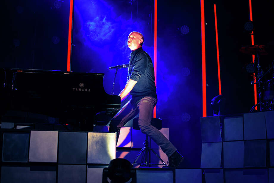 Isaac Slade of The Fray Photo: Matthew Cooper For The Houston Chronicle