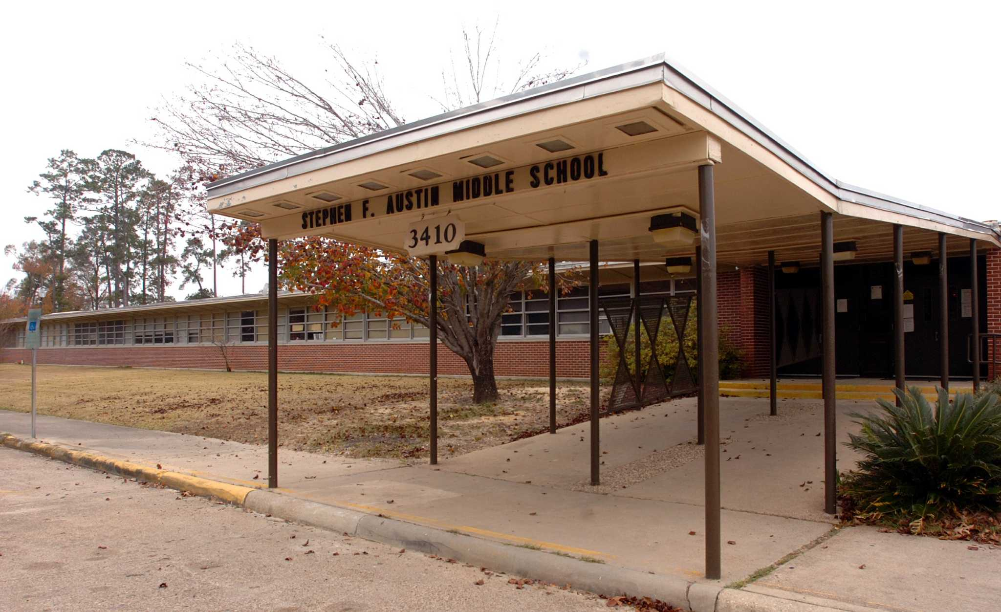 bisd gives reason for austin middle school closure