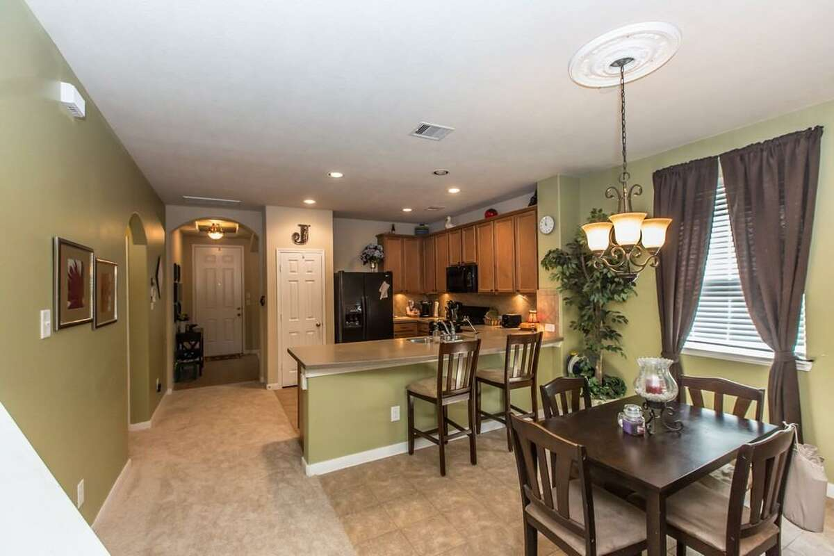 19543 Little Pine : This 2011 home in Katy has 4 bedrooms, 2.5 bathrooms, 2,499 square feet, and is listed for $150,000.