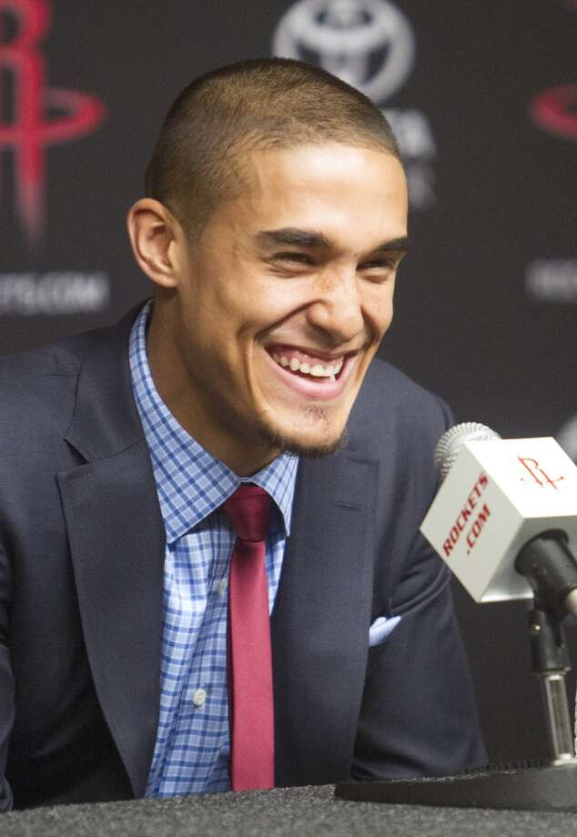 Nick Johnson laughs as he answers a question. Photo: Cody Duty, Houston Chronicle
