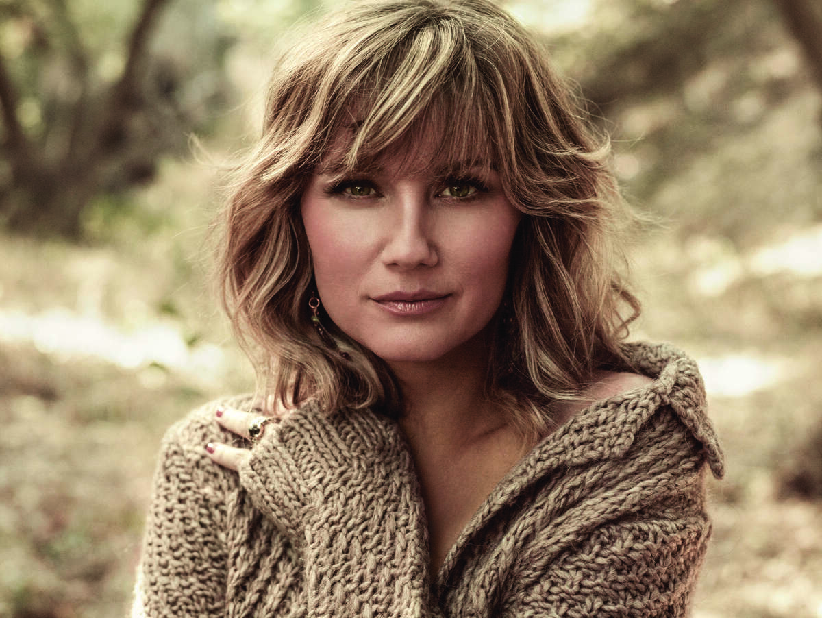 Country superstar Jennifer Nettles will perform at Houston s annual Southwest Airlines Freedom Over Texas on July 4, 2014.