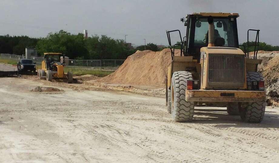 Construction work is under way in Live Oak as a road linking Palisades Drive with Oak Terrace and Shin Oak Drive will be opening soon. Photo: Jeff B. Flinn / Northeast Herald