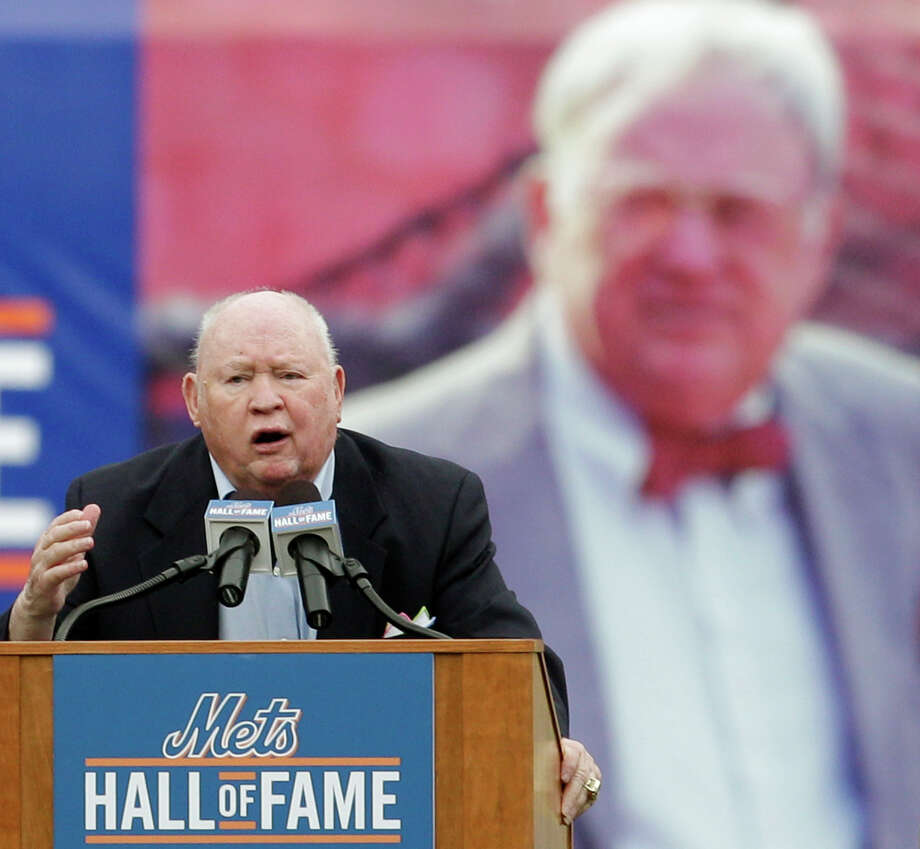 FILE - In this Aug. 1, 2010 file photo, former New York Mets general manager Frank Cashen speaks during his induction into the Mets Hall of Fame before the Mets baseball game at Citi Field in New York. The Mets say Cashen has died. He was 88. The team says Cashen died Monday, June 30, 2014,  at a hospital in Easton, Maryland. (AP Photo/Kathy Willens, File) ORG XMIT: NY171 Photo: Kathy Willens / AP