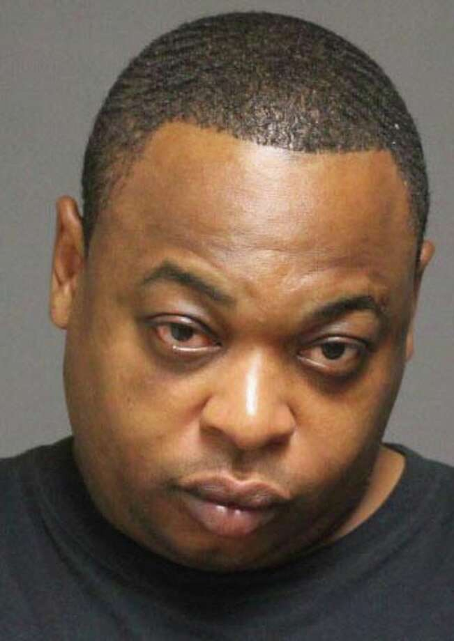 Rodderick Hannon, 43, of Bridgeport, was stopped by the manager and some patrons at the Horseshoe Tuesday morning when he allegedly tried to steal a purse and credit cards. Photo: Contributed Photo, Genevieve Reilly /  Fairfield Citizen contributed