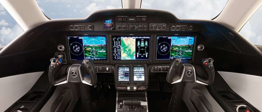 Honda Aircraft Company will equip the HondaJetÕs Garmin G3000 glass avionics suite with a new 60/40 display configuration on each of the two Primary Flight Displays (PFDs).  The new display format improves visual scan and situational awareness, thus further enhancing safety, with a large pilot-selectable tile on each PFD Photo: Honda, Wieck