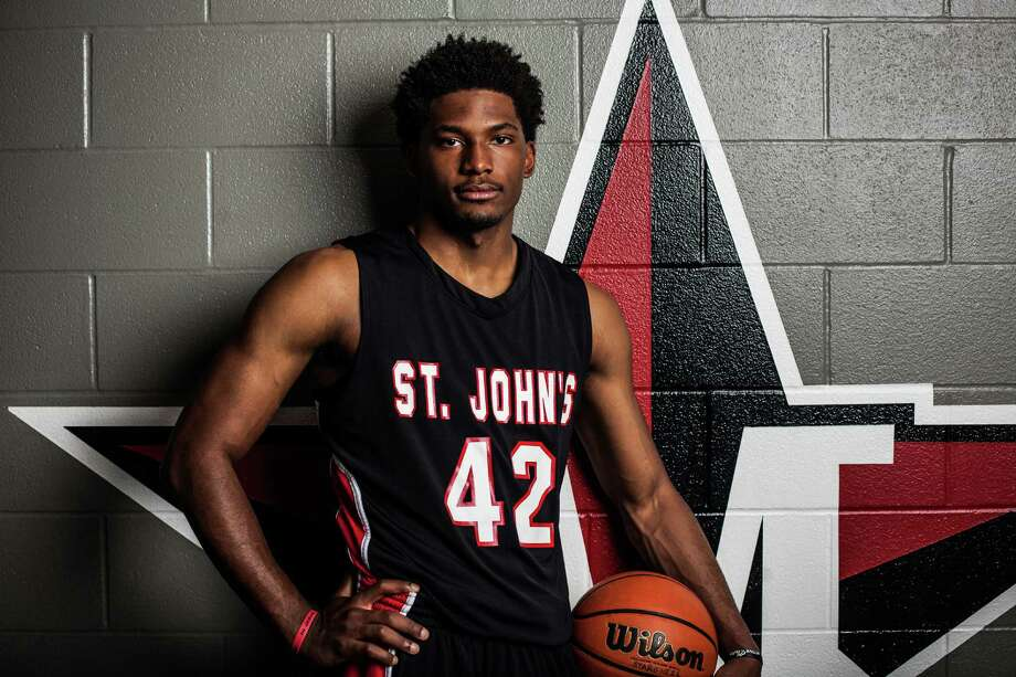 St. John's School basketball player, Justise Winslow, poses for a portrait at the school's gym Saturday March 15, 2014. The senior was named the Chronicle's All Greater-Houston boys basketball player of the year and will be playing basketball at Duke University next season. (Michael Starghill, Jr.) Photo: Michael Starghill, Jr., Photographer / © 2014 Michael Starghill, Jr.
