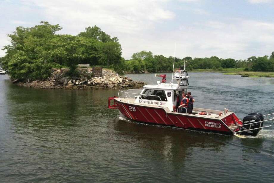 The Fire Department's newest vessell, The David W. Russell Jr., heads back into South Benson marina after a training exercise. Photo: Contributed Photo, Genevieve Reilly /  Fairfield Citizen contributed