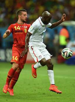 SALVADOR, BRAZIL - JULY 01: DaMarcus Beasley of the United States controls the ball against Dries Mertens of Belgium during the 2014 FIFA World Cup Brazil Round of 16 match between Belgium and the United States at Arena Fonte Nova on July 1, 2014 in Salvador, Brazil. Photo: Jamie McDonald, Getty Images / 2014 Getty Images
