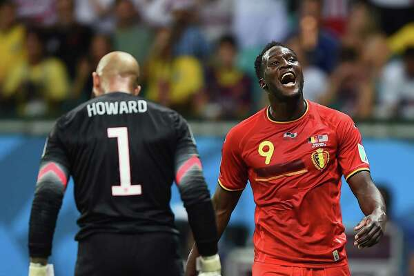 SALVADOR, BRAZIL - JULY 01: Romelu Lukaku of Belgium reacts in front of Tim Howard of the United States during the 2014 FIFA World Cup Brazil Round of 16 match between Belgium and the United States at Arena Fonte Nova on July 1, 2014 in Salvador, Brazil.