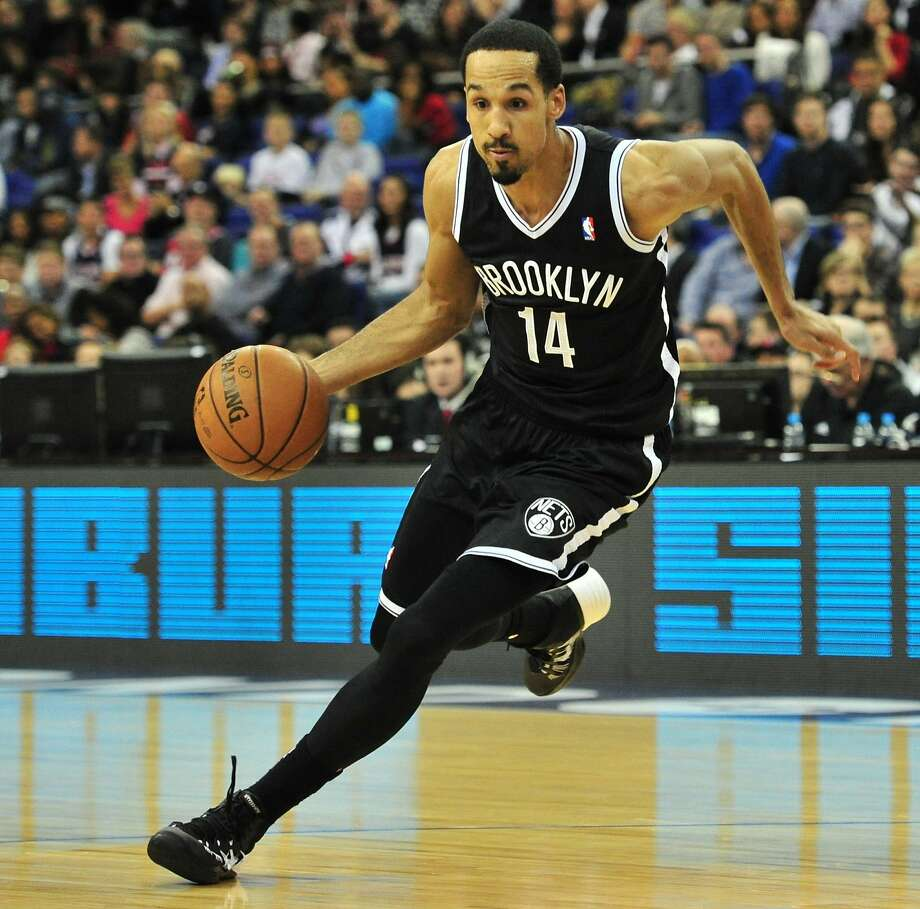 Brooklyn Nets' US player Shaun Livingston dribbles during the NBA Global Games London 2014 basketball match between Atlanta Hawks and Brooklyn Nets at the O2 Arena in London, on January 16, 2014. AFP PHOTO / GLYN KIRKGLYN KIRK/AFP/Getty Images Photo: Glyn Kirk, AFP/Getty Images
