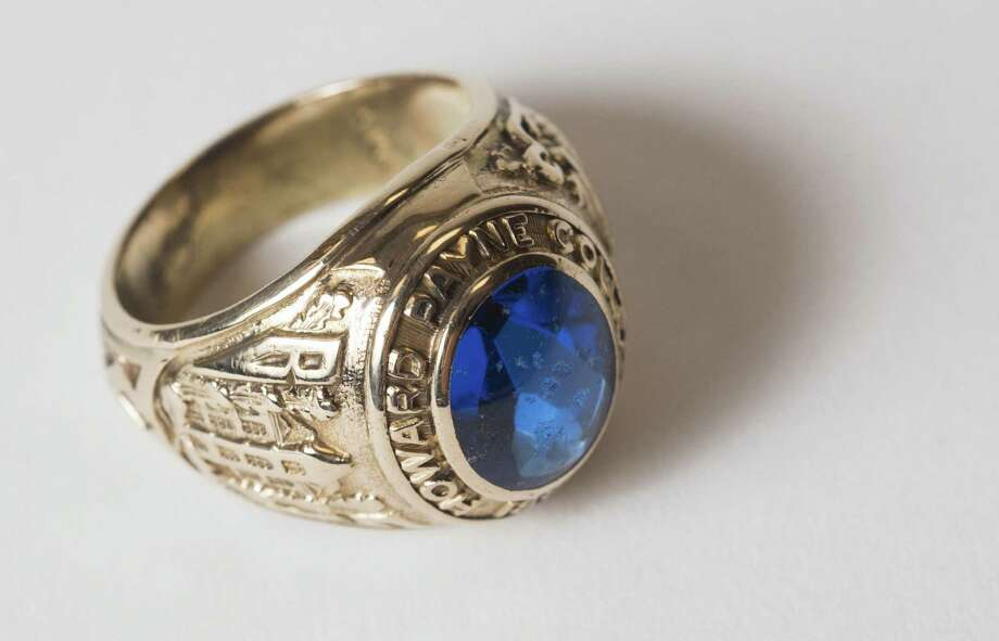 This is what the Howard Payne Uni- versity class ring that Elizabeth Clark lost in 1954 looks like. Clark will get her ring back on Friday. Photo: Matthew Lester / Howard Payne University / Howard Payne University