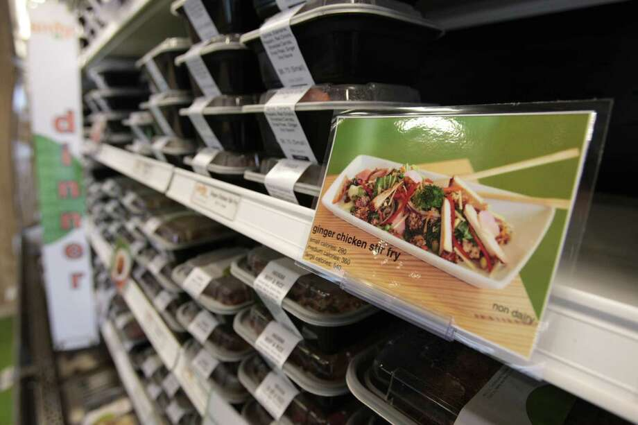 Snap Kitchen brings its ready-to-eat meals to the Shops at Houston Center. Photo: Billy Smith II, HC Staff / Houston Chronicle