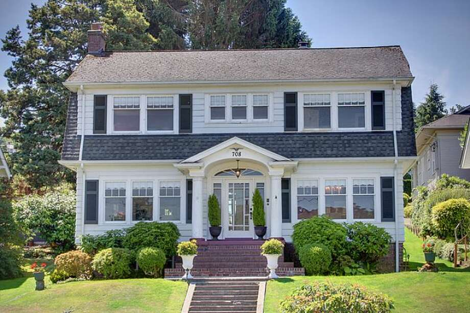 Front of 708 33rd St., in Everett. Photo: Courtesy Casey Price And Tyler Gardner/Windermere Real Estate