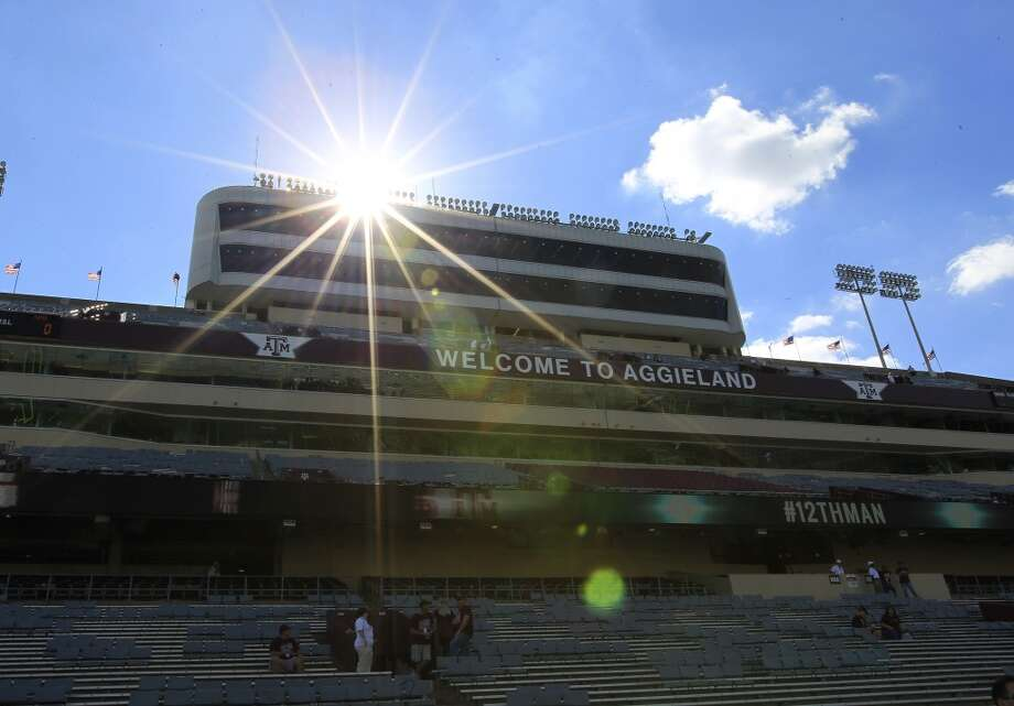 The sun sets behind Kyle Field before the start of a game on Sept. 21, 2013. Photo: Karen Warren, Houston Chronicle