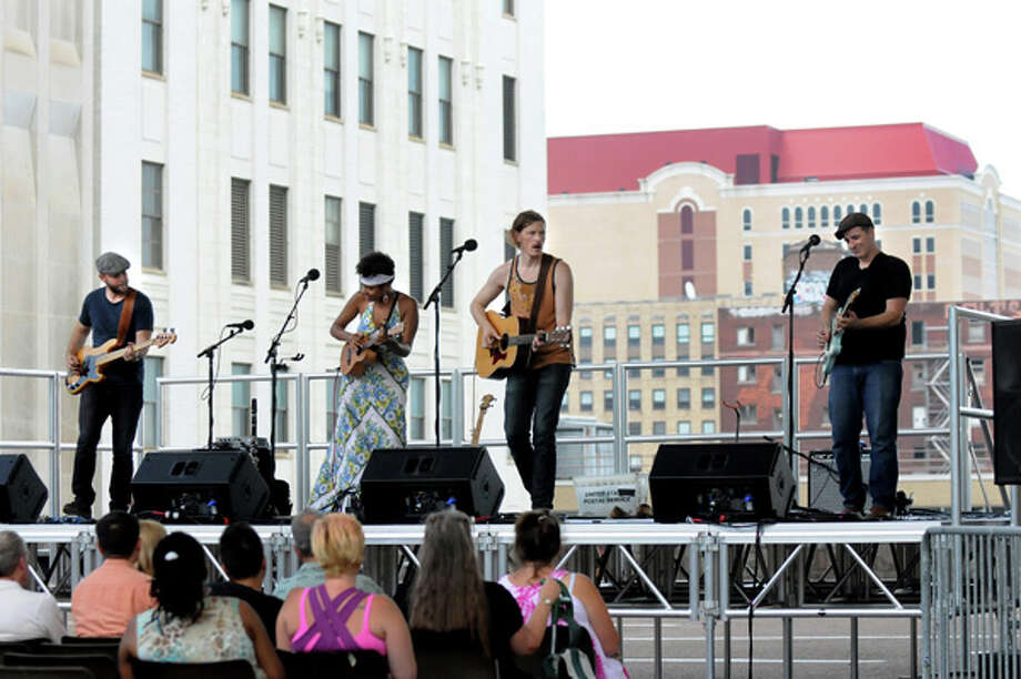 Birds of Chicago perform on Wednesday July 2, 2014, at the Empire State Plaza in Albany, N.Y. The Made in the Shade free concert series is held  every Wednesday in the shadow of The Egg at noon through Aug. 27. (Cindy Schultz / Times Union) Photo: Cindy Schultz, Albany Times Union / 00027297A