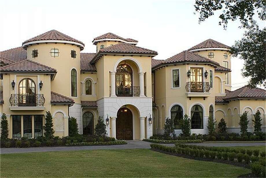 2 Rivercrest: This 2007 home in Houston has 11 bedrooms, 10.5 bathrooms, 9,286 square feet, and is listed for $8,000,000. Photo: Houston Association Of Realtors