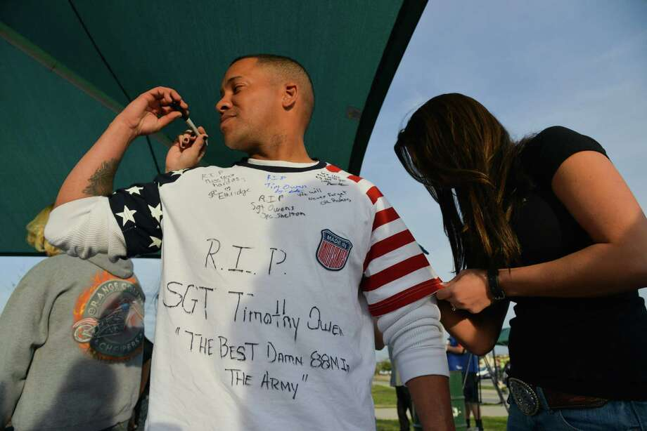 2013 -- Some folks wear Old Glory well. (Photo by Jahi Chikwendiu/The Washington Post) Photo: Jahi Chikwendiu, Getty Images / The Washington Post