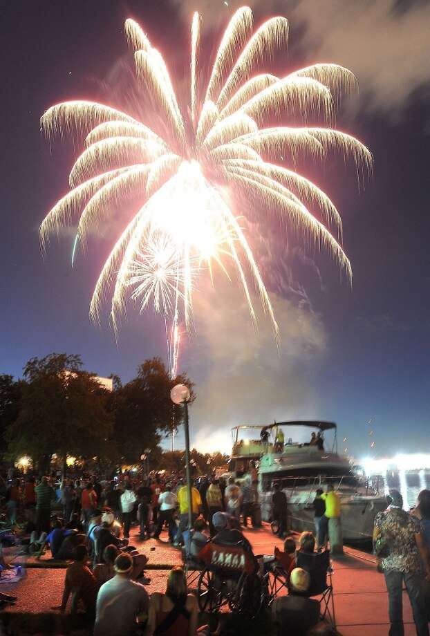 The fireworks display put on by the City of Beaumont will likely proceed in spite of burn bans in some Southeast Texas counties. Enterprise file photo Photo: File