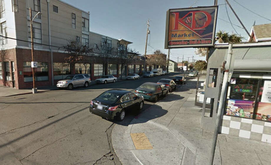 Intersection of 24th and Chestnut Streets in Oakland. Photo: Google Maps