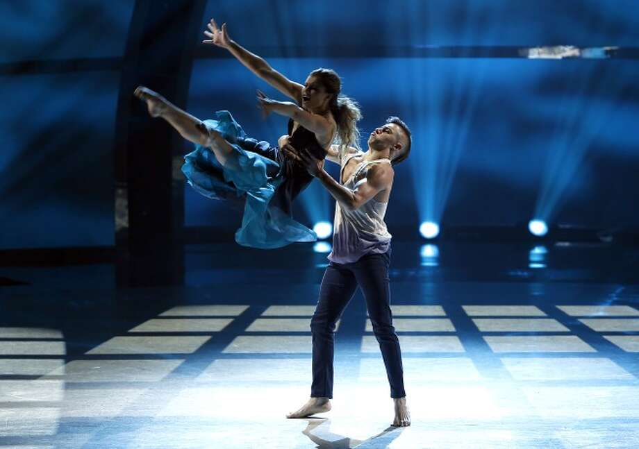 "SO YOU THINK YOU CAN DANCE: L-R: Top 20 contestants Carly Blaney and Rudy Abreu perform a Contemporary routine to ""Take it Easy"" choreographed by Stacey Tookey on SO YOU THINK YOU CAN DANCE airing Wednesday, July 2 (8:00-10:00 PM ET/PT) on FOX. ©2014 FOX Broadcasting Co. Cr: Adam Rose / 1"
