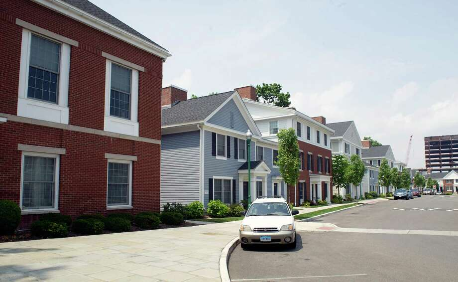 Fairgate, a Charter Oak Community in Stamford, Conn., on Thursday, July 3, 2014. Photo: Lindsay Perry / Stamford Advocate