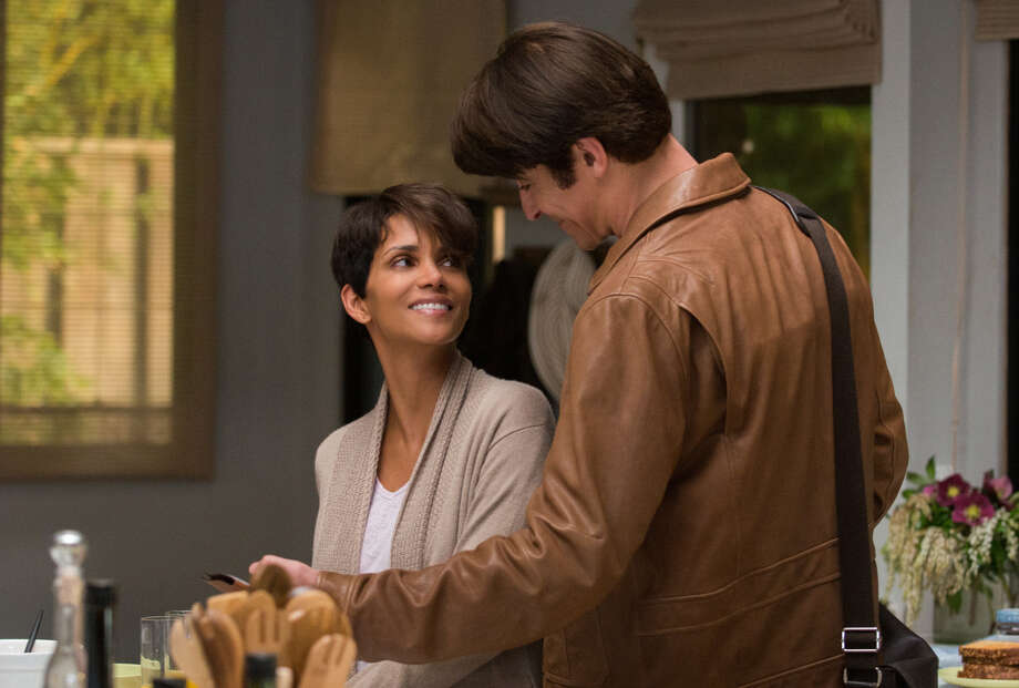 "Astronaut Molly Woods (Halle Berry) tries her best to reconnect with her husband (Goran Visnjic) and family after a disturbing encounter in space in ""Extant,"" a Steven Spielberg production that debuts at 8 p.m. Wednesday on CBS. Photo: CBS / Ã?©2014 CBS Broadcasting, Inc. All Rights Reserved"