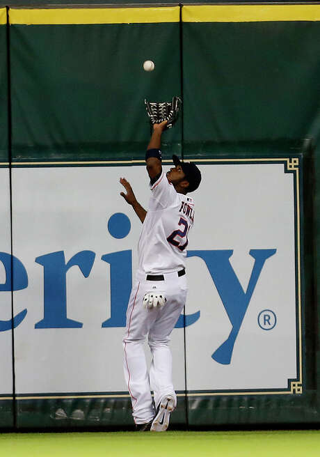 Dexter Fowler is the type of established player a contender may covet. Photo: Karen Warren, Staff / © 2014 Houston Chronicle