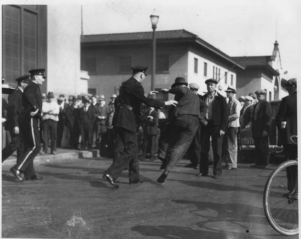 San Francisco Waterfront strike 1934 Longshoremen likely Chronicle photo but this appears to be a reprint. ran 3/31/1987, p. 2