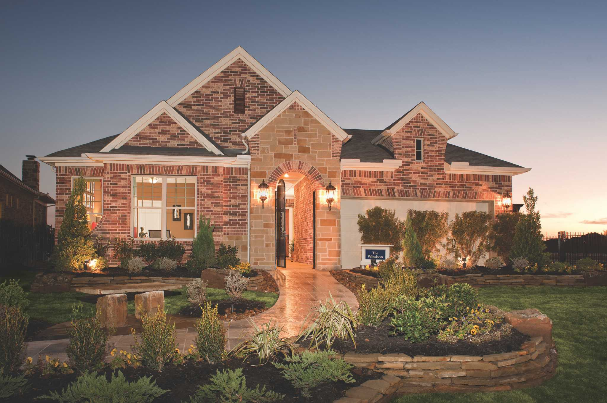 Patio homes neighborhood gated surrounded by lakes Houston