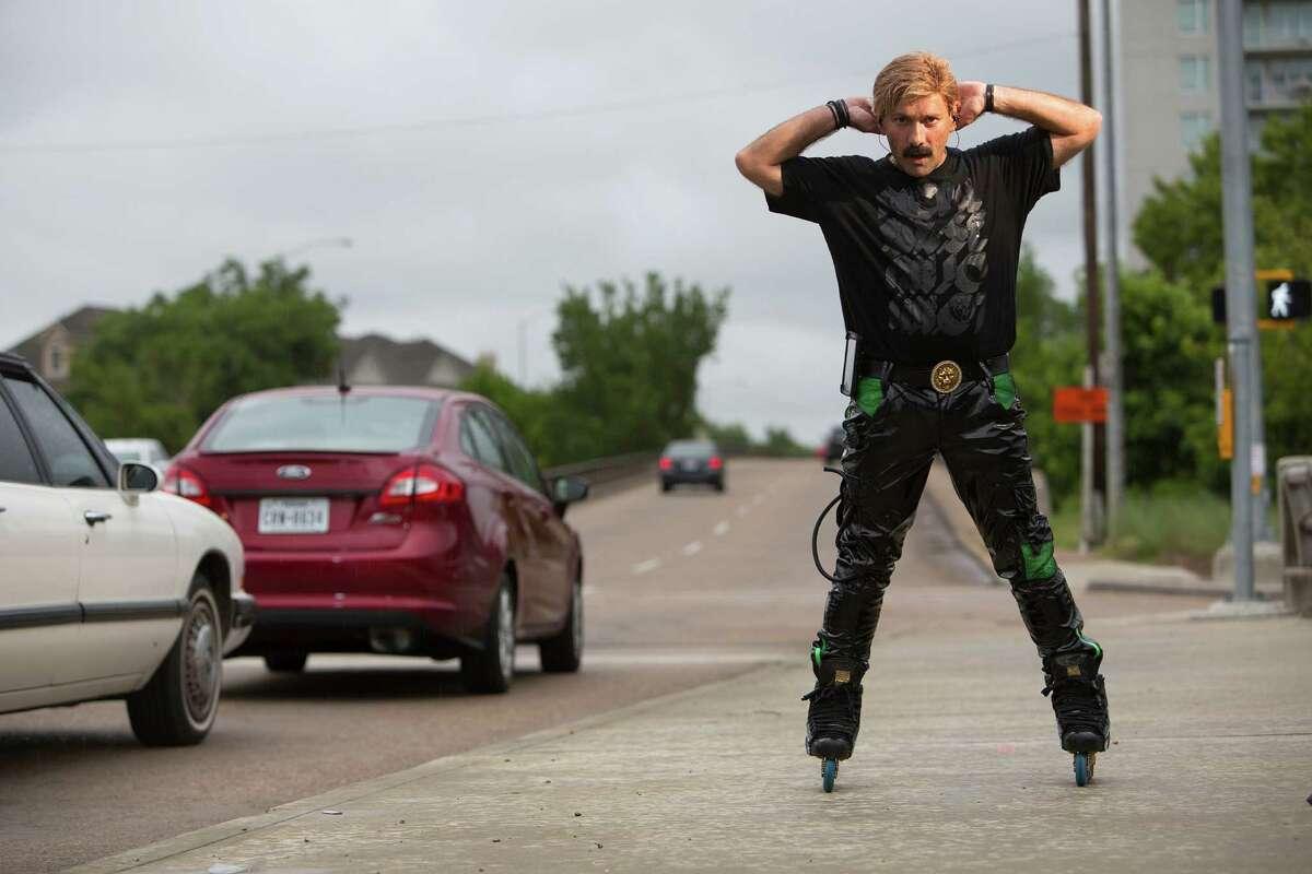 Houston rollerblader Juan Carlos returns to