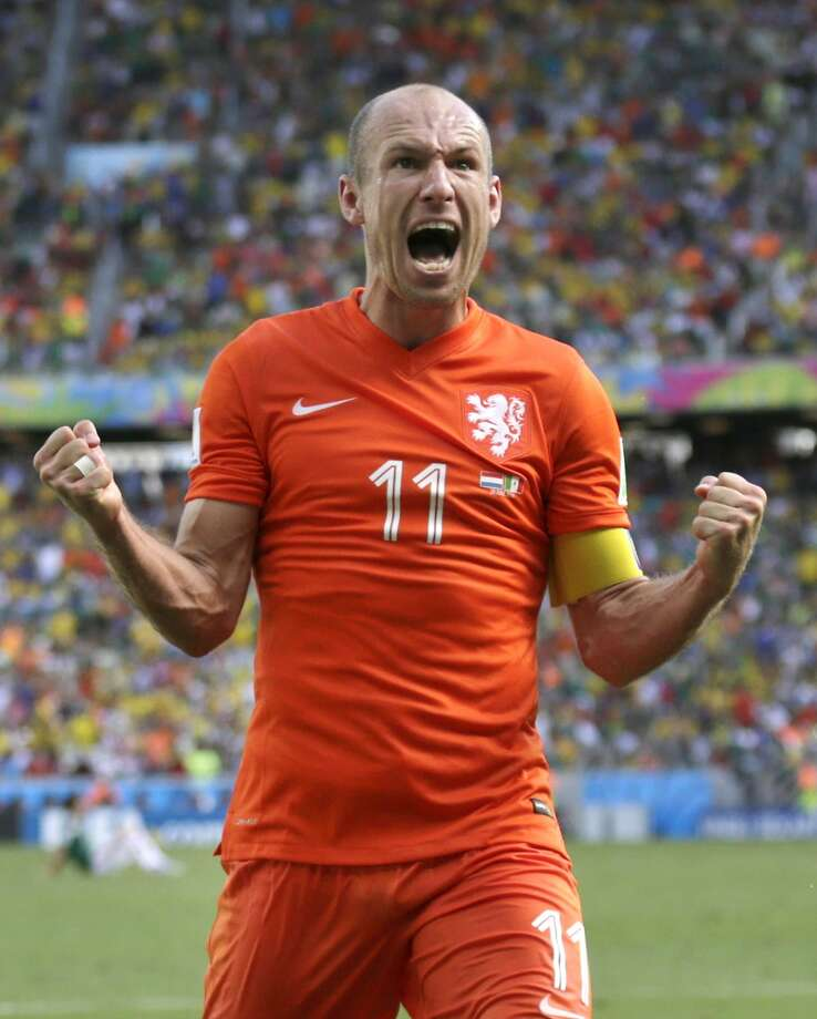 Netherlands star Arjen Robben has a reputation for diving. Photo: Wong Maye-E, Associated Press