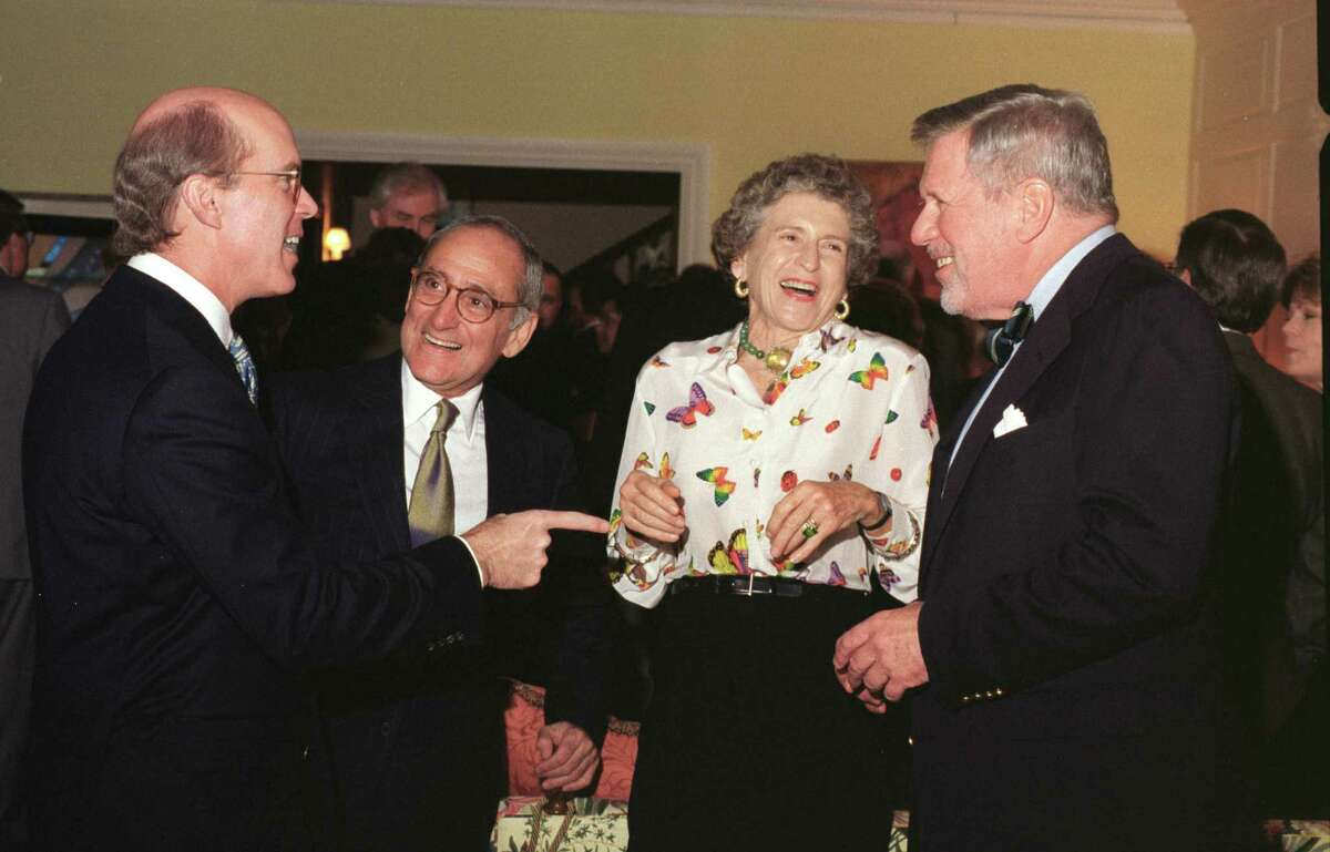 Diana Hobby and her husband, former Texas Lt. Gov. William Hobby, at a 1998 fundraising reception at their South Boulevard home. Diana Hobby died early Friday in Houston at the age of 83.