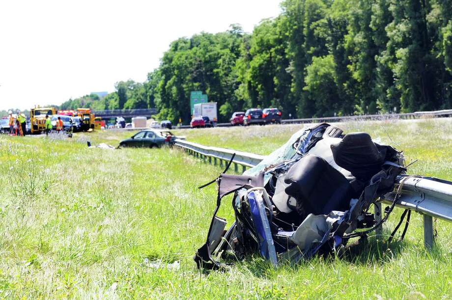Three killed in area crashes - Times Union
