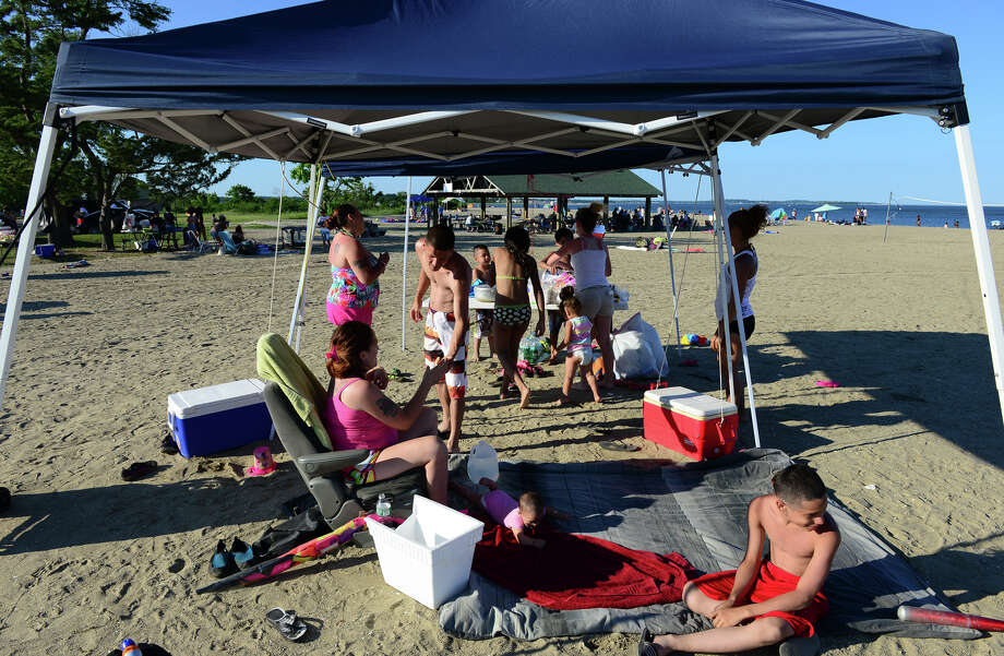 Families from around the area gather for fun and food as they await fireworks at Short Beach Park in Stratford, Conn. on Saturday July 5, 2014. Photo: Christian Abraham / Connecticut Post