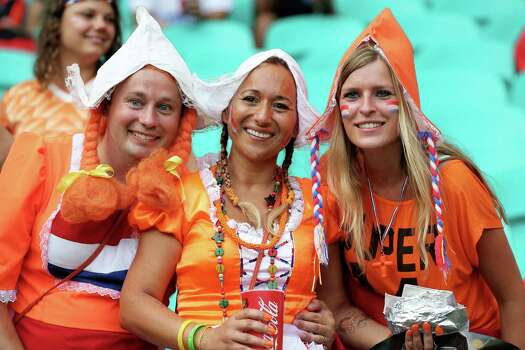 SALVADOR, BRAZIL - JULY 05: Netherlands fans enjoy the atmosphere prior to the 2014 FIFA World Cup Brazil Quarter Final match between the Netherlands and Costa Rica at Arena Fonte Nova on July 5, 2014 in Salvador, Brazil. Photo: Dean Mouhtaropoulos, Getty Images / 2014 Getty Images