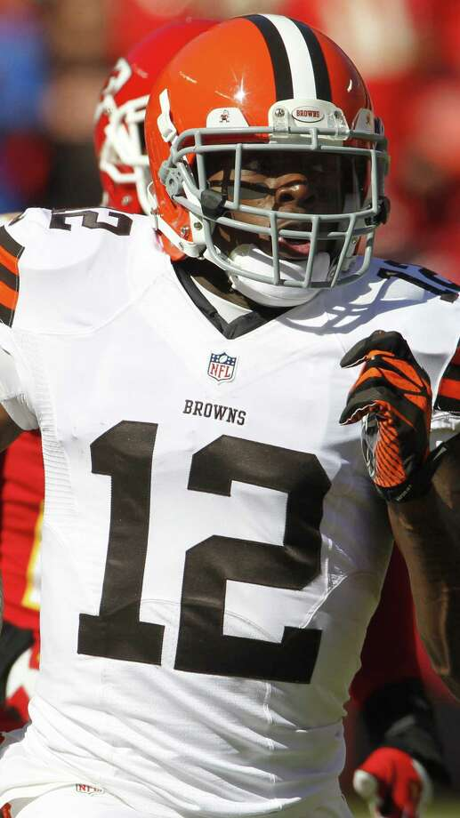 Browns receiver Josh Gordon, a former Baylor standout, was pulled over for going 50 mph in a 35 mph zone. Photo: Colin E. Braley / Associated Press / FR123678 AP