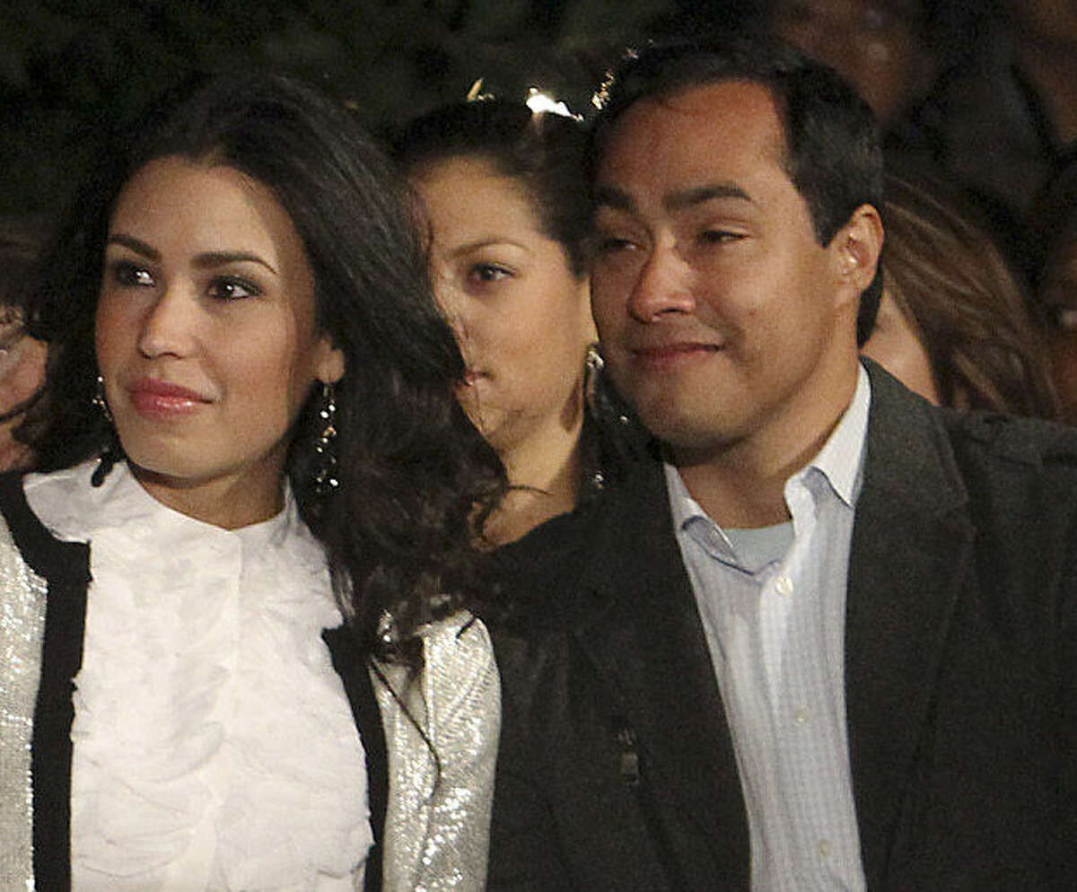 Anna Flores and her now-husband, U.S. Rep. Joaquin Castro, at the tree-lighting in 2012.