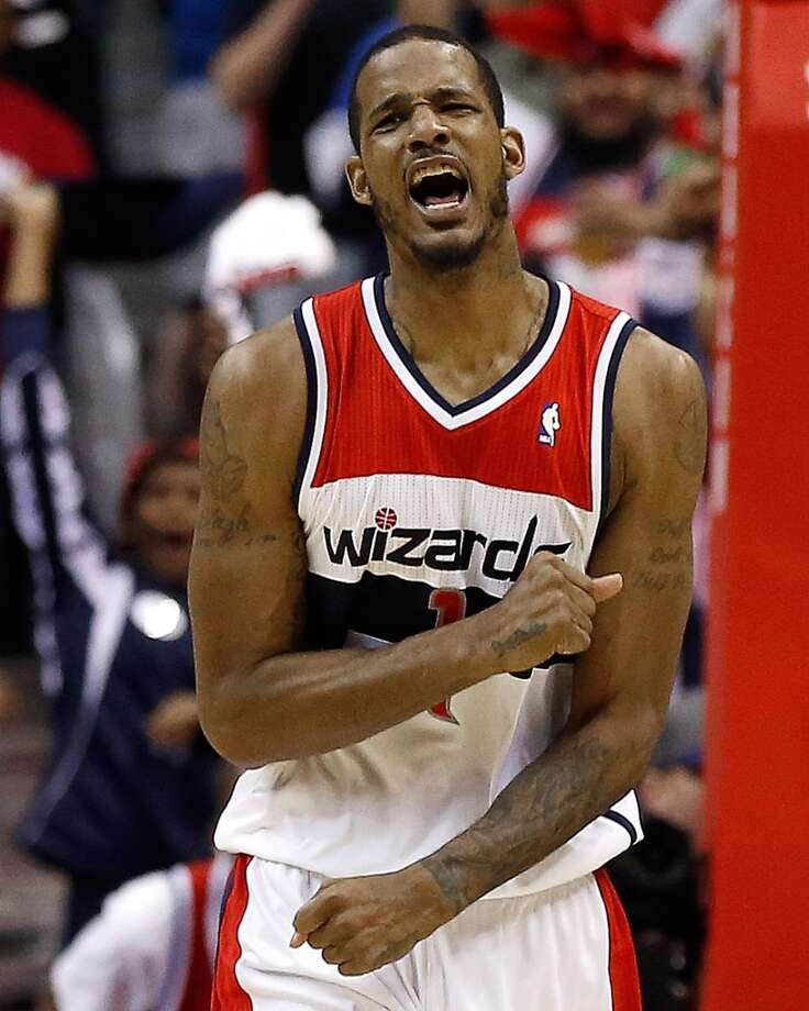 Trevor Ariza Shooting guard/small forward Status: Agreed to four-year, $32 million contract with Houston RocketsAriza signed with the Rockets in the summer 2009 and they traded him away the next summer. The Rockets are interested again, along with the Mavericks, Lakers (another one of his former teams), Heat, and Cavaliers. The Wizards, who have already re-signed Marcin Gortat, are favored to re-sign Ariza. Photo: Win McNamee, Getty Images