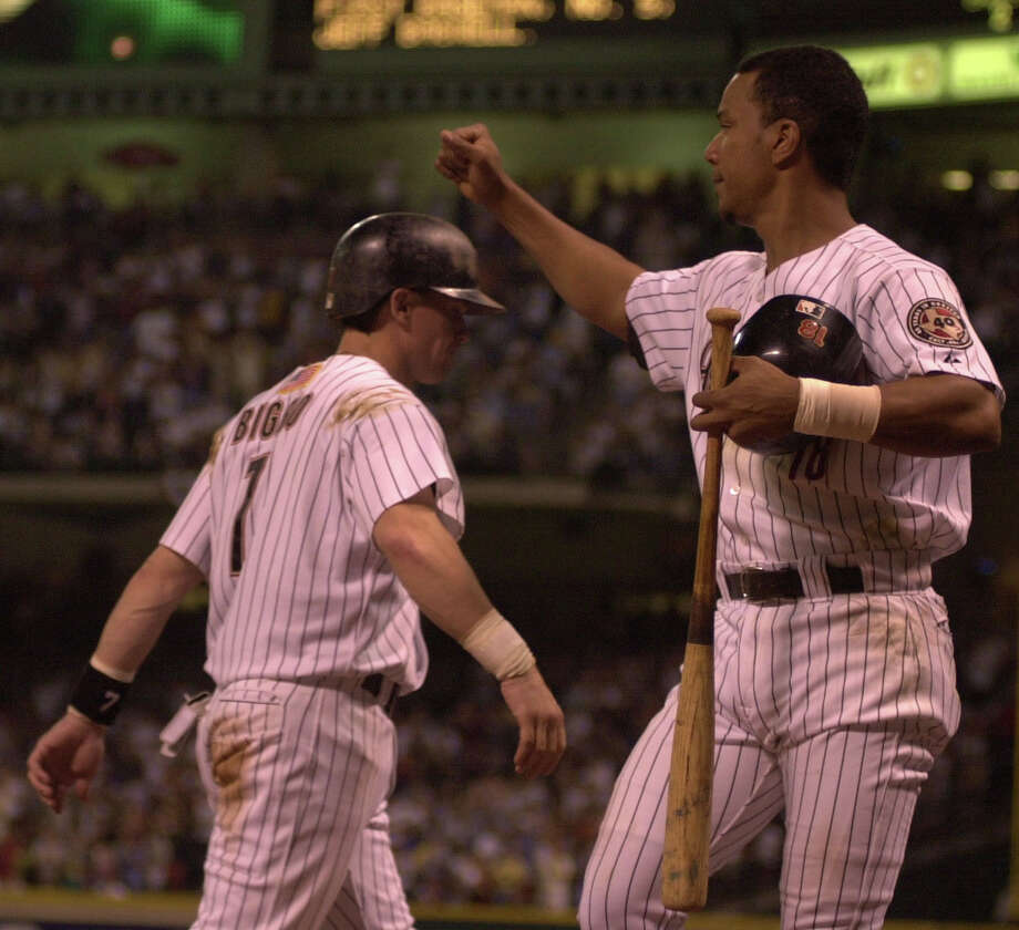 1998: Craig Biggio and Moises AlouBiggio stole a career high 50 bases and hit 20 home runs. Alou was synonymous for his batting stance, but in 1998 he hit a career high 38 home run and 124 RBIs. Photo: Karen Warren, Chronicle / Houston Chronicle