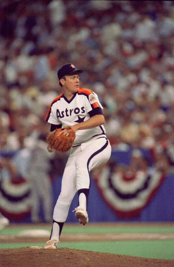 1987: Mike Scott Scott ended his second Astros All-Star season with a 16-13 record and a 3.23 ERA. Photo: Steve Campbell, Chronicle / Houston Chronicle