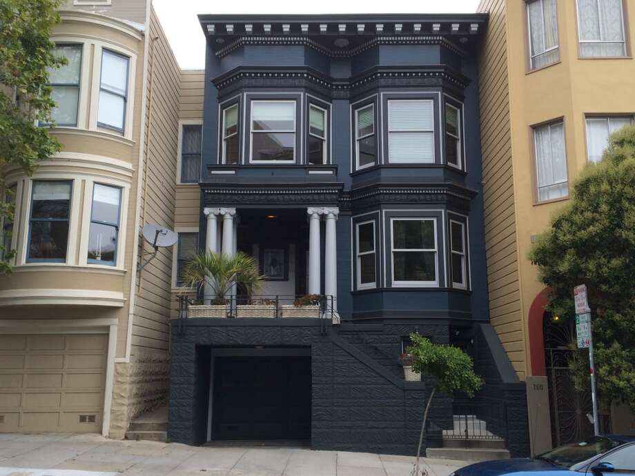 A Painted Lady goes goth: 100 block of Liberty Street. Photo: John King, The Chronicle