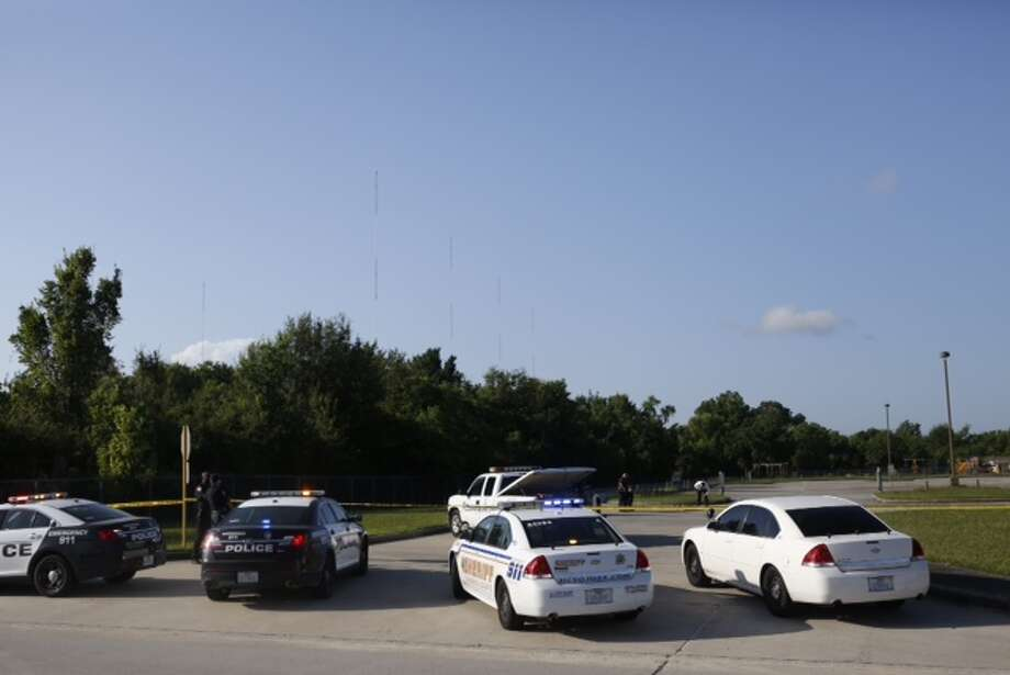 Harris County sheriff's deputies are investigating the death of man whose body was found about 5:30 a.m. Monday near a school in the 3100 block of Fallbrook Drive near Ann Louise in Northwest Harris County. Photo: Cody Duty / Houston Chronicle