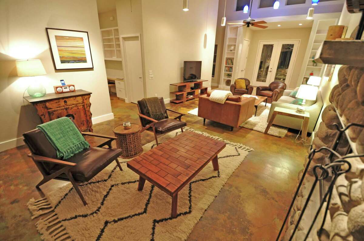 The Ranch House cottage at Sage Hill Inn Above Onion Creek has three bedrooms.