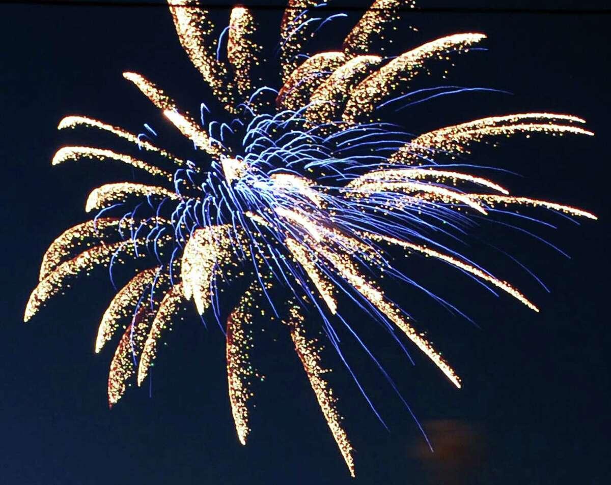 Orange Independence Day Concert & Fireworks, Orange Fair Grounds, Orange Center Road. July 4. Concert starts at 6:30 p.m. Fireworks at dusk. No rain date.