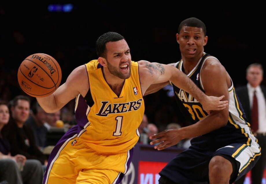 Jordan Farmar Point guard Age: 27 Status: Agreed to two-year, $4.2 million deal with the Los Angeles Clippers Photo: Jeff Gross, Getty Images / 2013 Getty Images