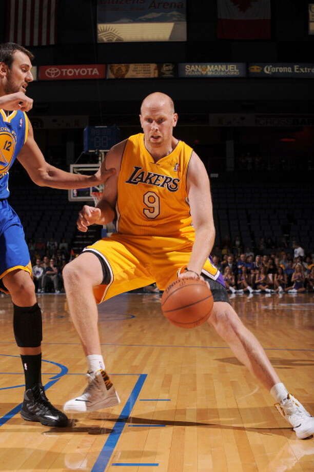 Chris Kaman Center Age: 32 Status: Agreed to two-year, $10 million deal with Portland Trail Blazers Photo: Noah Graham, NBAE/Getty Images / 2013 NBAE
