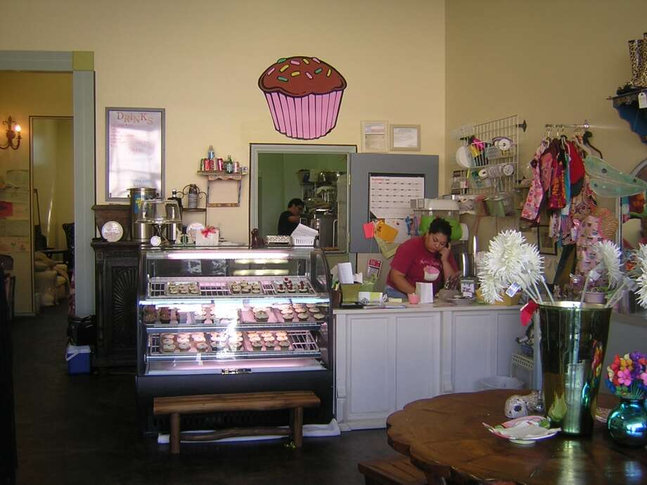 Kate's Frosting is a bakery specializing in cupcakes. Photo: ANDREA ALLINGER, 210SA