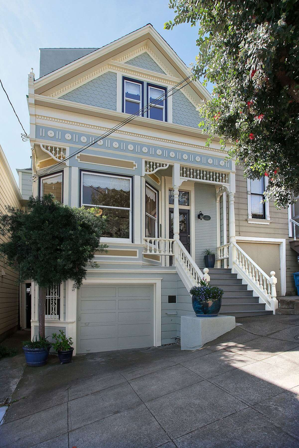 4449 23rd Street in Noe Valley sold for $2.9m.